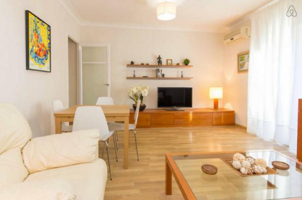 location appartement pour famille de 5 à Barcelone, Sagrada Familia - le séjour
