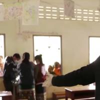 Des médecins 100%  bénévoles dans les montagnes reculées du Laos