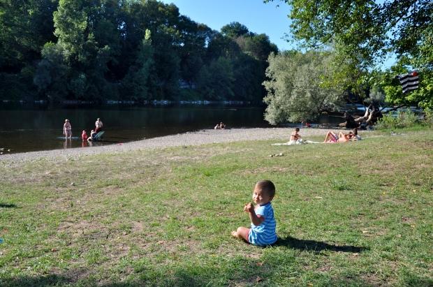 plage guinguette du vieux chene, montvalent, lot, riviere dordogne