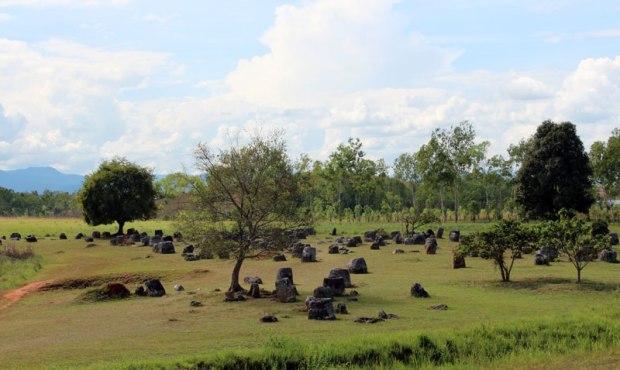 La plaine des jarres - Crédit photo : Chauxmelemonde.com