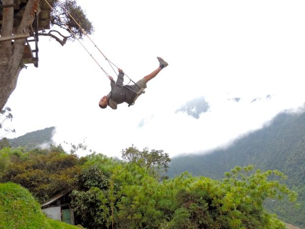 balançoire géante altitude Baños, Equateur