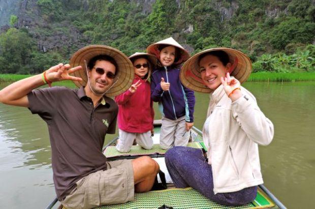 En bateau à Tam Coc, Vietnam