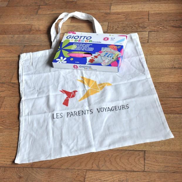 tote bag et stylos textile à gagner (giveaways)