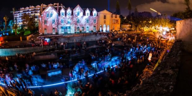 festival lumina cascais portugal