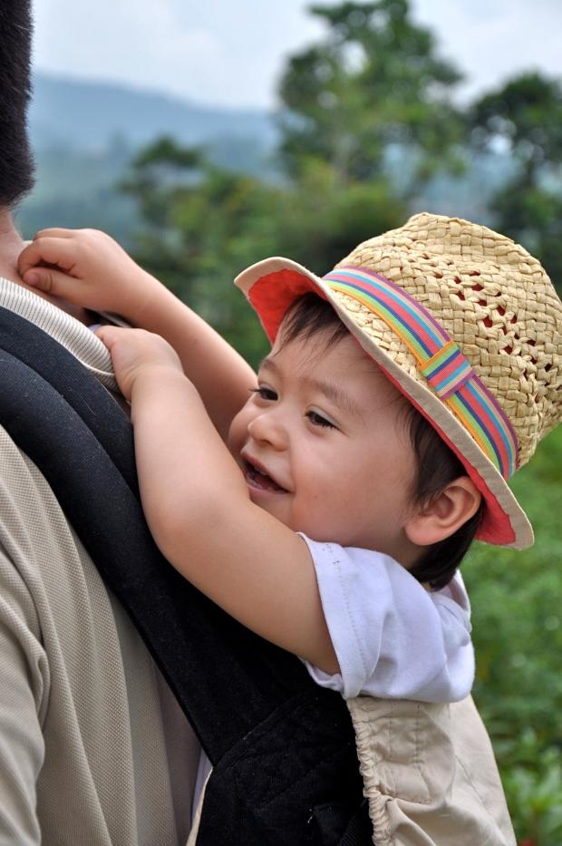 sidemen rizières papa porte bébé