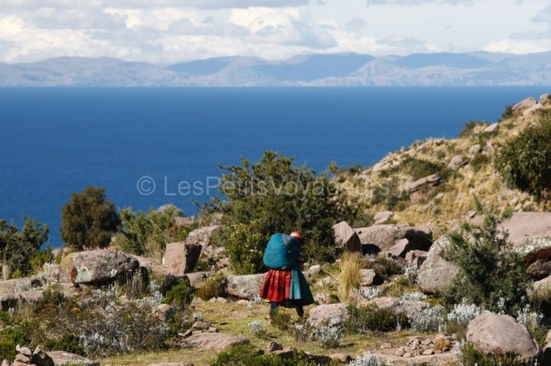 Sur les bords du lac Titicaca, Pérou