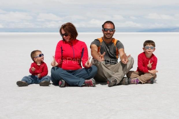 Désert de sel de Salar Uyuni, Bolivie en famille