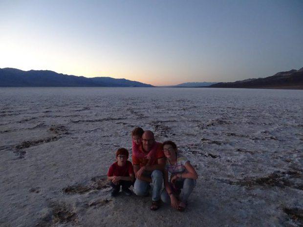 Death Valley - Badwater - Soshone avec des enfants
