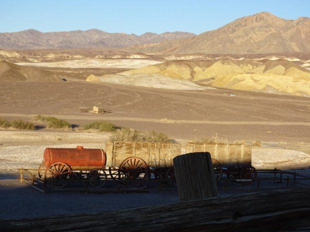 Death Valley - Harmony Borax Works coucher soleil citerne